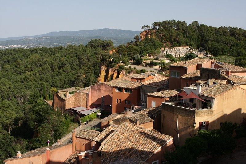 Roussillon, ocre